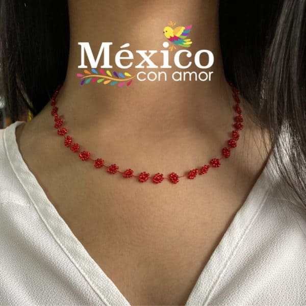 Collar de Chaquira Corto Florecitas